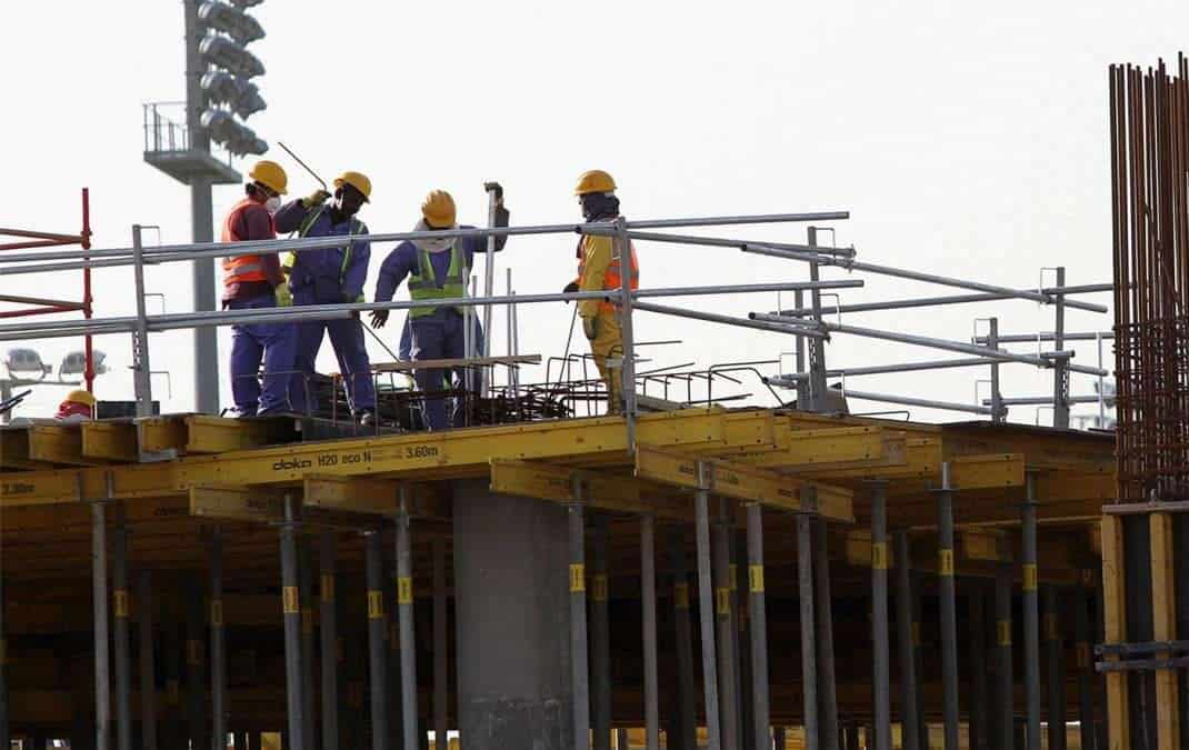 Qatar: Take Urgent Action to Protect Construction Workers