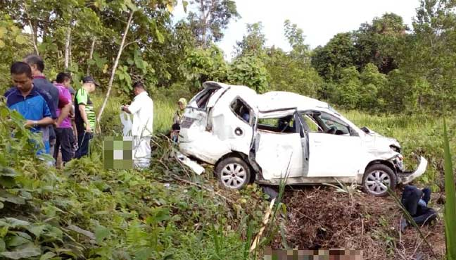 4 students die, 5 injured after MPV turns turtle in Sabah