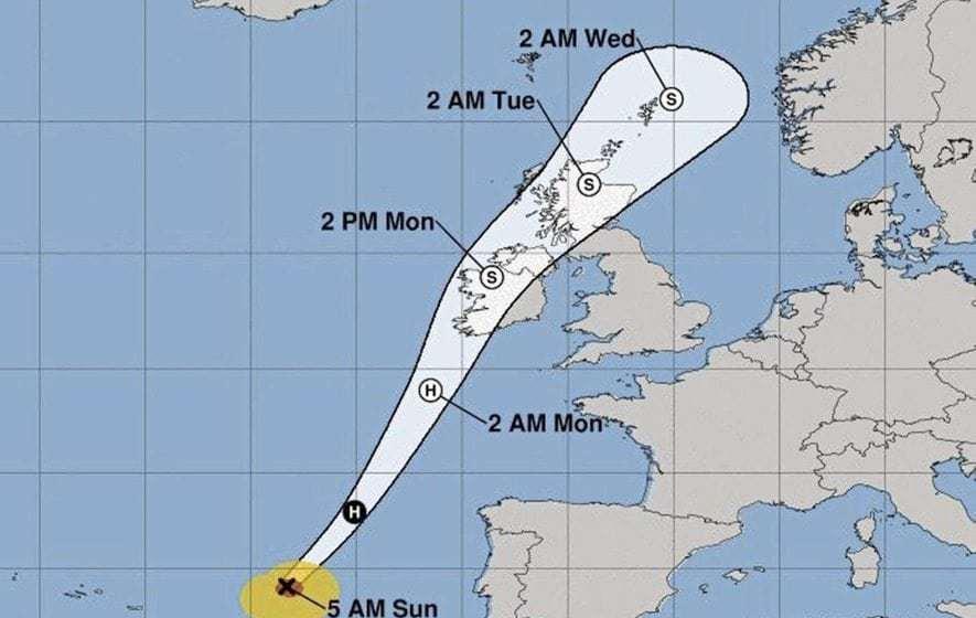 North's schools advised to close because of ex-hurricane Ophelia
